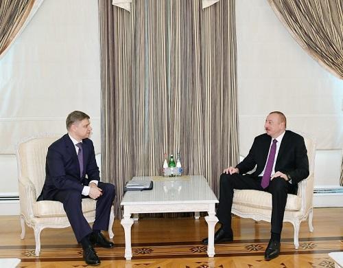 Prezident Oleq Belozyorovla görüşdü