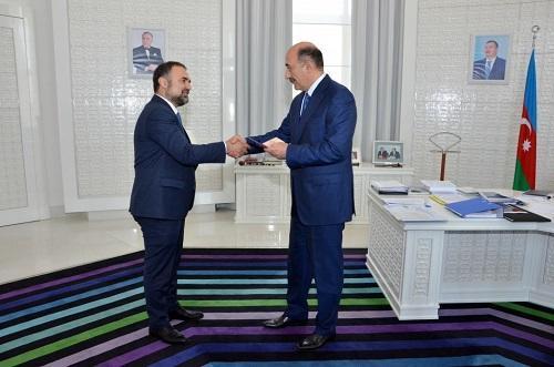 """Balakişi Qasımova """"Tərəqqi"""" medalı verildi"""