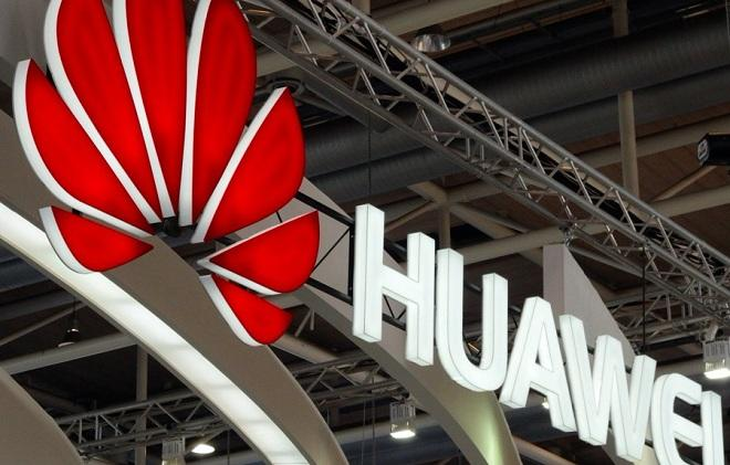 Huawei faces break with chip giant ARM