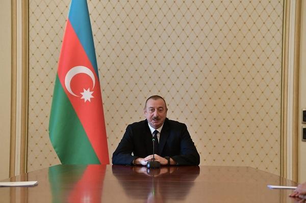 İlham Əliyev müsəlman diplomatlarla görüşdü