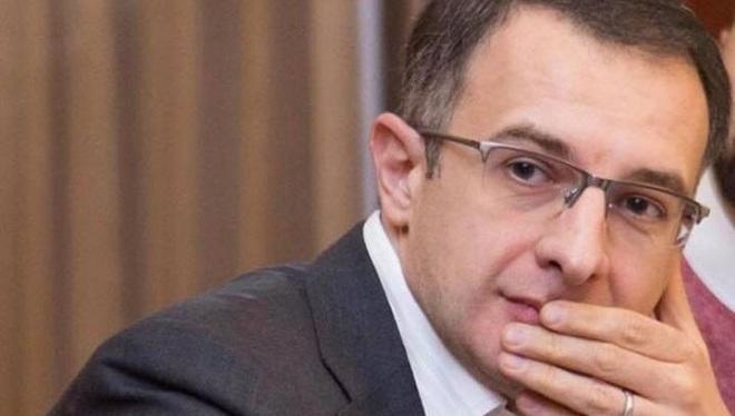 Арен Апикян: Армения окажется под руинами, аплодируйте дальше