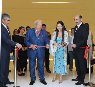 Leyla Əliyeva Seretelinin sərgisinin açılışında - Foto