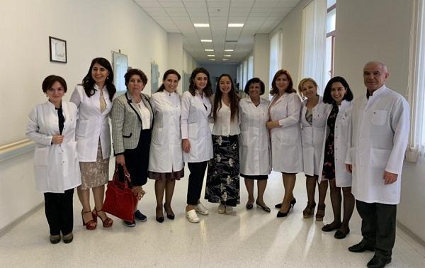 Лейла Алиева посетила НИИ гематологии - Фото