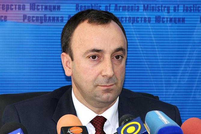 Arutyunyan getdi, Tovmasyan isə təcili Qarabağa gəldi