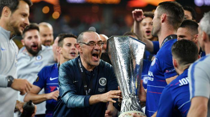Sarri leaves Chelsea to join Juventus