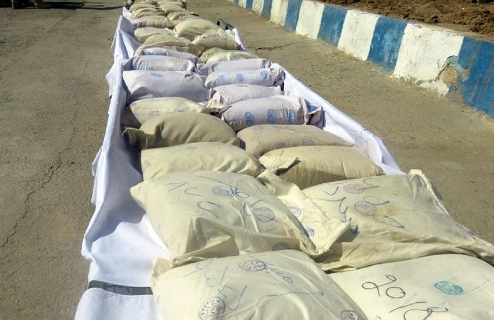 ایرانین هؤرموزقان ایالتینده ۹ آیا ۵۶ تون نارکوتیک مادده اله کئچیریلدی