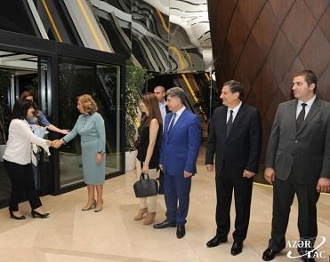 Bolqarıstanlı spiker Bakıda - Foto