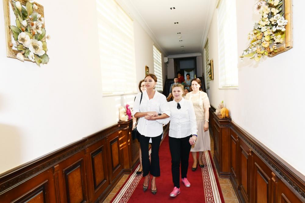 Mehriban Aliyeva visited the social service center -