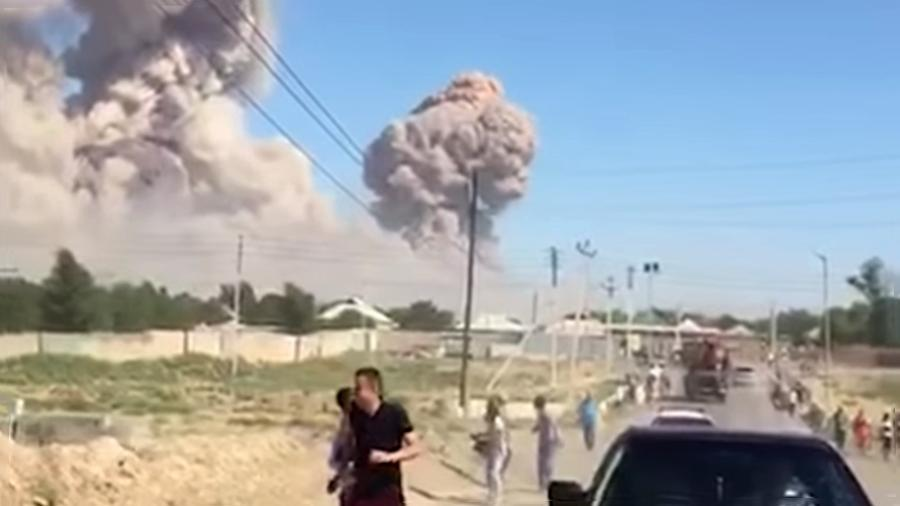 Türk ölkəsində hərbi hissədə partlayış - Video