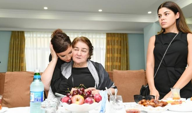 Mehriban Əliyeva ustadın hüzr mərasimində - Foto