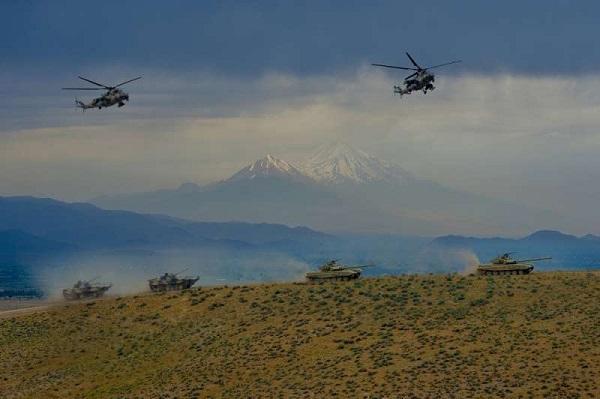 Naxçıvanda hərbi təlim başa çatdı - Video