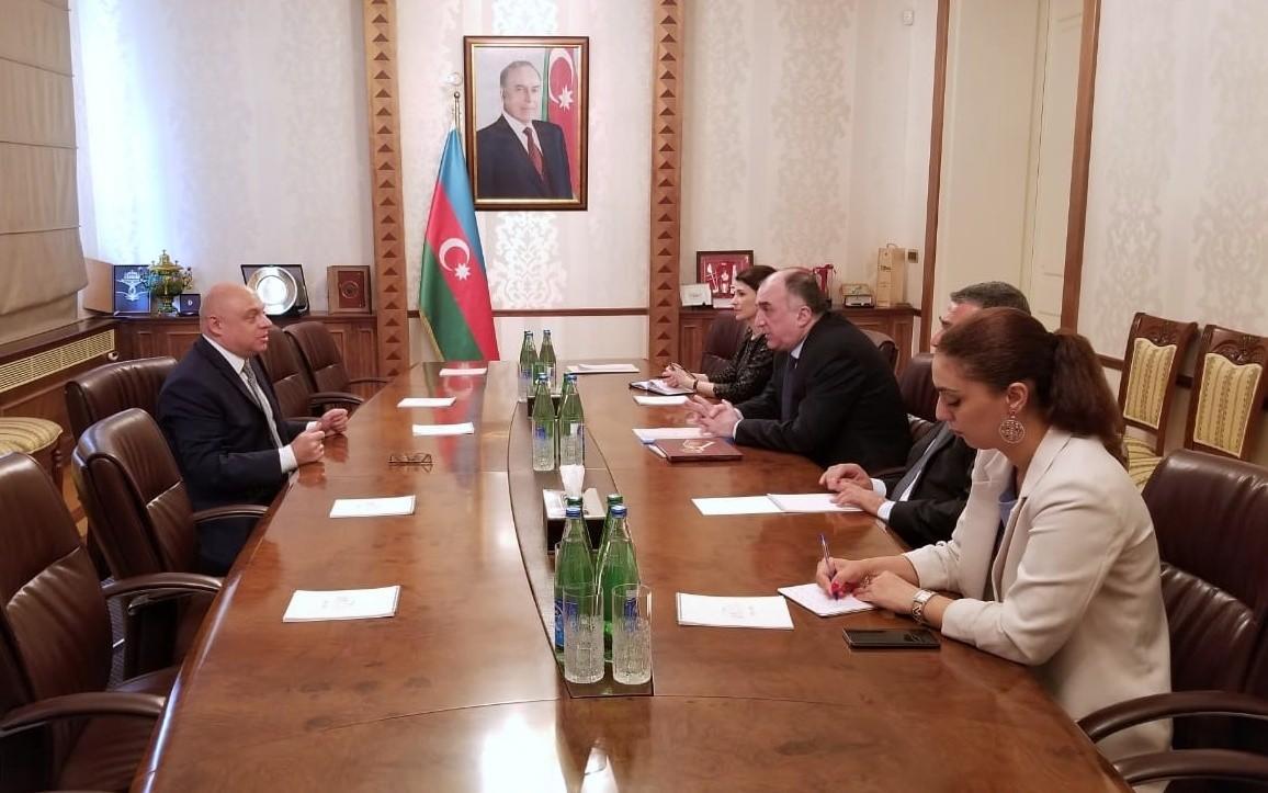 Polşa səfirinin diplomatik fəaliyyəti sona çatdı
