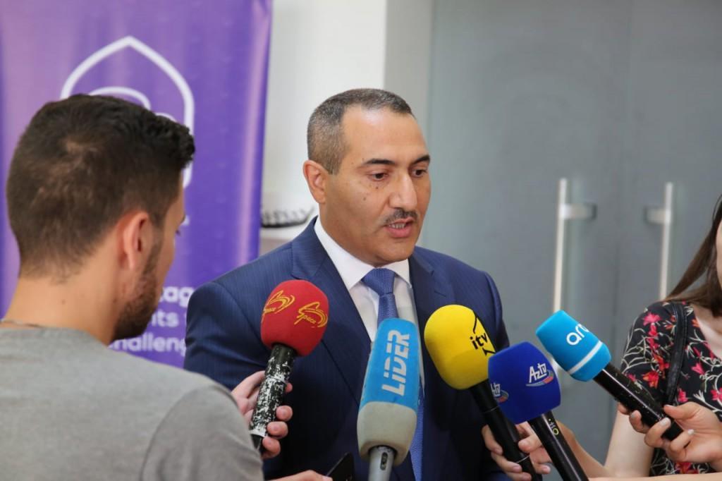 30 ölkənin gəncləri Qobustan qoruğunda - Foto
