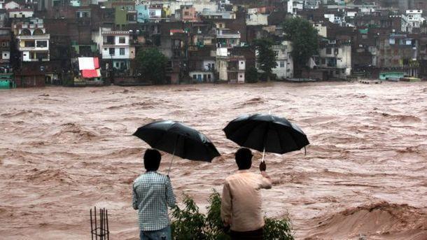 Более 160 человек погибли в Индии из-за наводнений