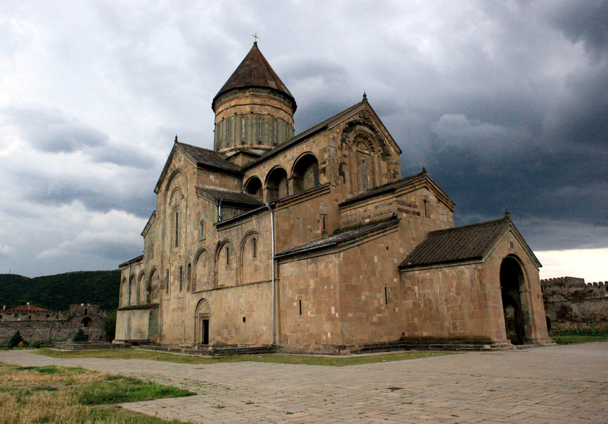 Gürcüstanda erməni kilsəsi qarət olundu