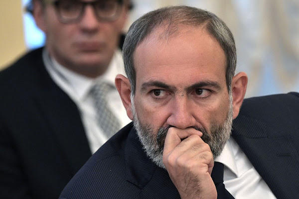 Pashinyan began to beg the Armenian oligarchs
