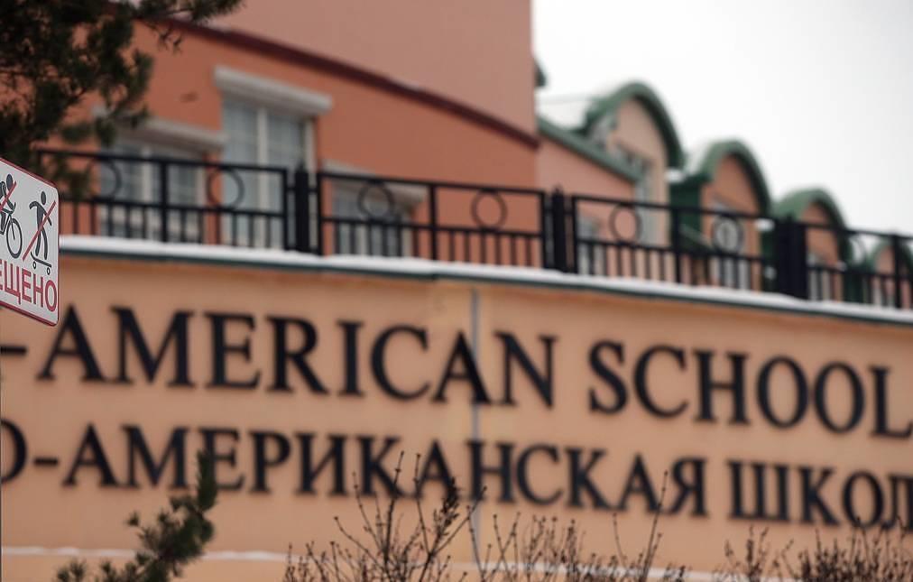Russia denies visas to 30 teachers of American school