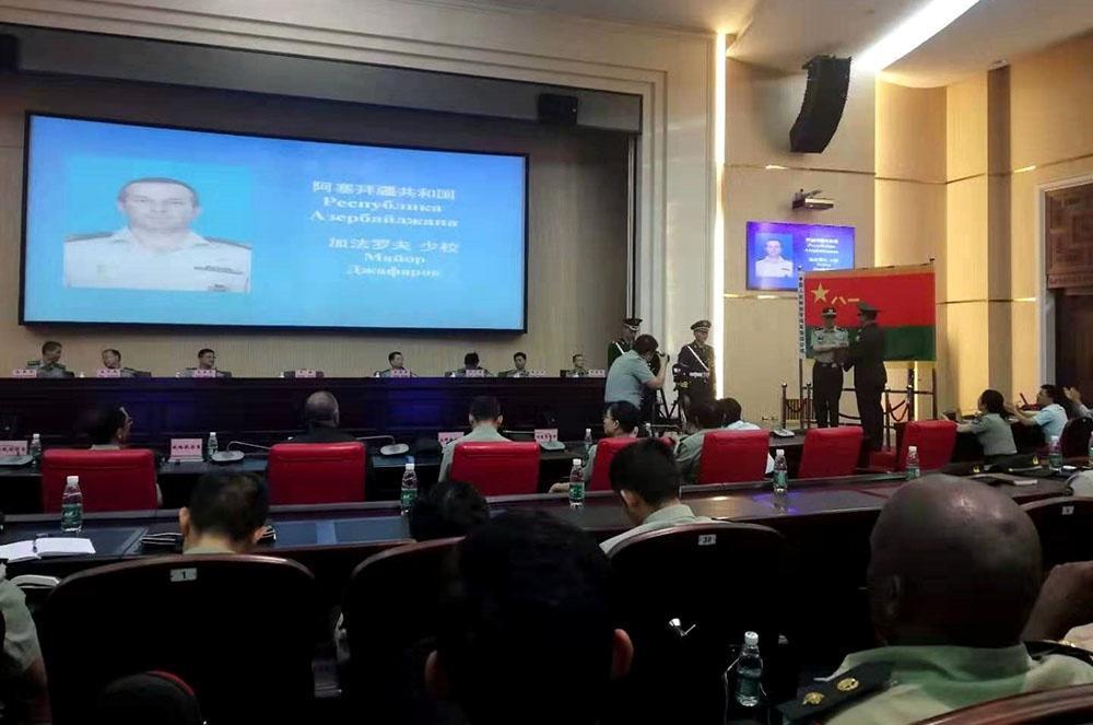 Zabitimiz Çində 165 hərbçi arasında 1-ci oldu - Foto