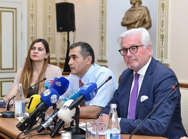 В Германии создан азербайджанский оркестр