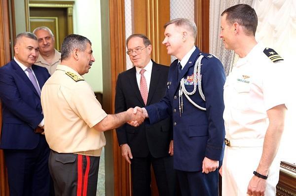 Новый военный атташе США представлен Закиру Гасанову