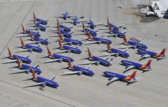 Boinq 737-də daha iki problem aşkarlandı