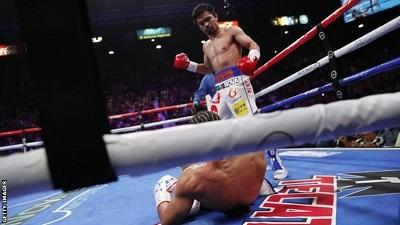 Manny Pacquiao wins world title at 40