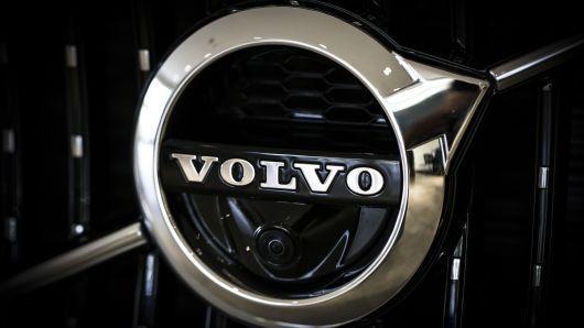 Volvo отзывает полмиллиона авто по всему миру