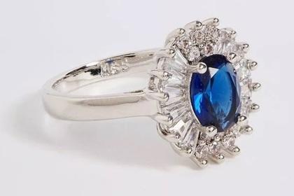 В продаже появилась копия кольца Кейт Миддлтон