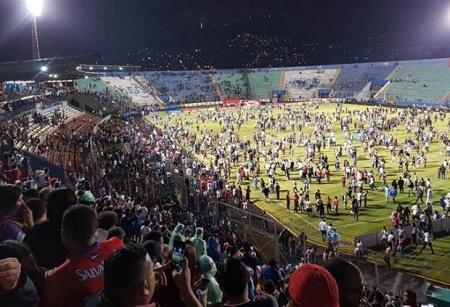 Futbol matçında qanlı olaylar: 3 ölü, 10 yaralı