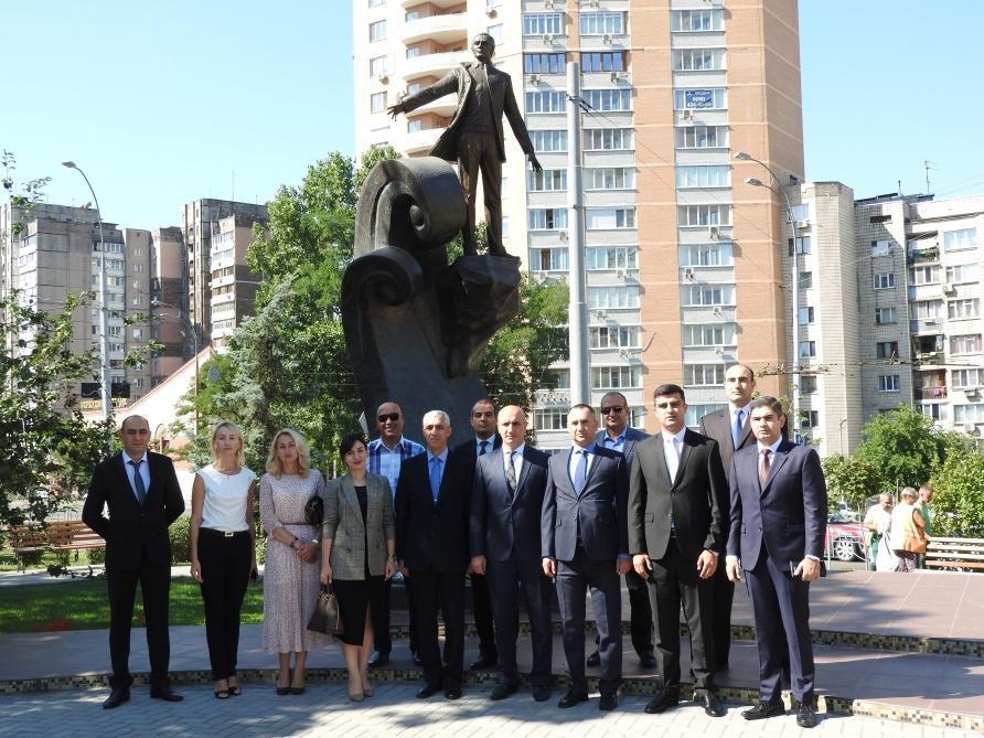В Киеве почтена память Муслима Магомаева
