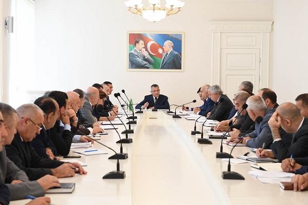 """""""Qaçqınkom""""un iki sektor müdiri cəzalandırıldı"""