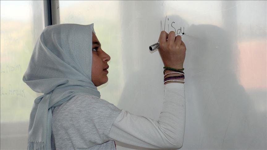 ایراندا داها بیر شاگیرد کوروناویروسدان اؤلدو