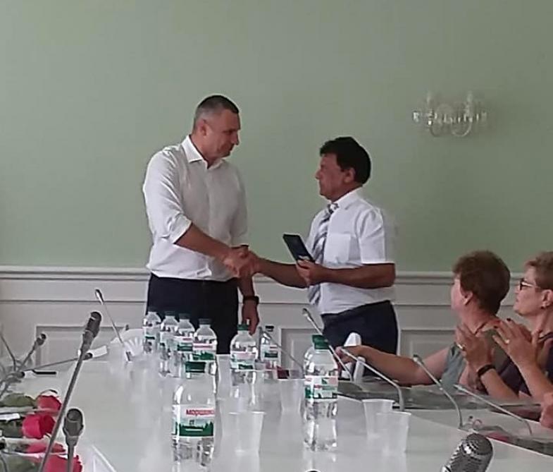 Ukraynada soydaşımız dövlət ordeni ilə təltif edildi - Foto