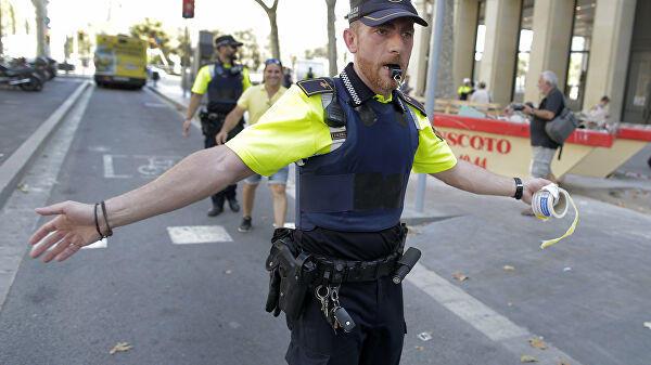 Spain: Women take to streets despite pandemic, ban