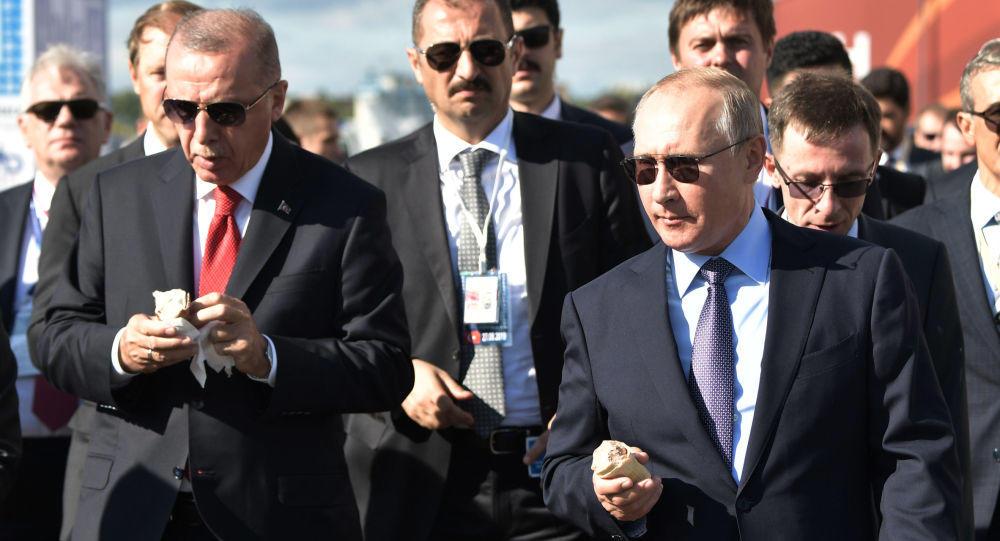 Putin Ərdoğana: Görün sizə necə gözəl hava təşkil etmişik - Video