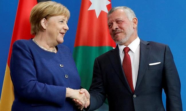 Merkel, Jordan's king hold news conference -