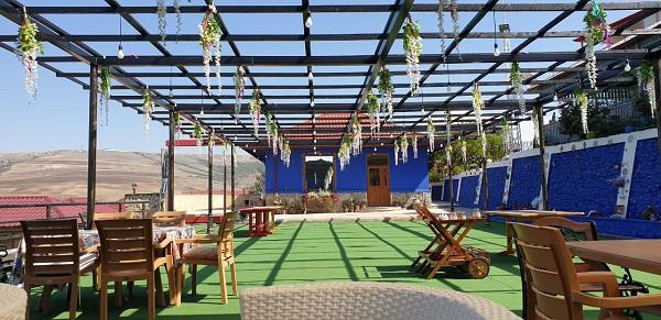 100 manata dönər alan sabiq məmurun möhtəşəm restoranı - Foto