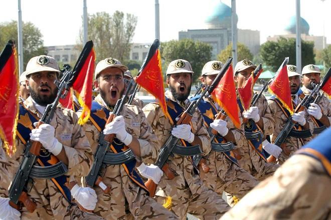 В Тегеране прошел военный парад
