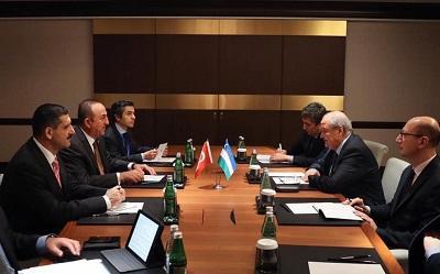 Turkish, Uzbek FMs discuss bilateral relations in Baku