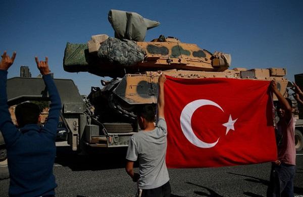 Эксперты о санкциях против Турции: Собака лает, караван идёт