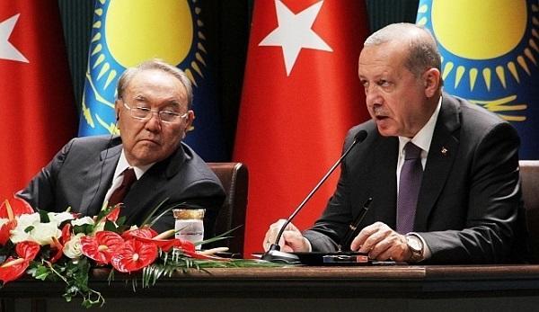 Казахстанский эксперт: Назарбаев может поддержать Турцию