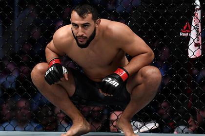 Непобежденный американец бросил вызов лучшему бойцу UFC