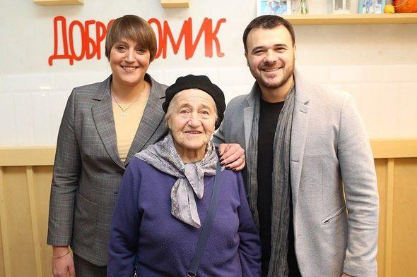 Emin opened a free cafe for older people -