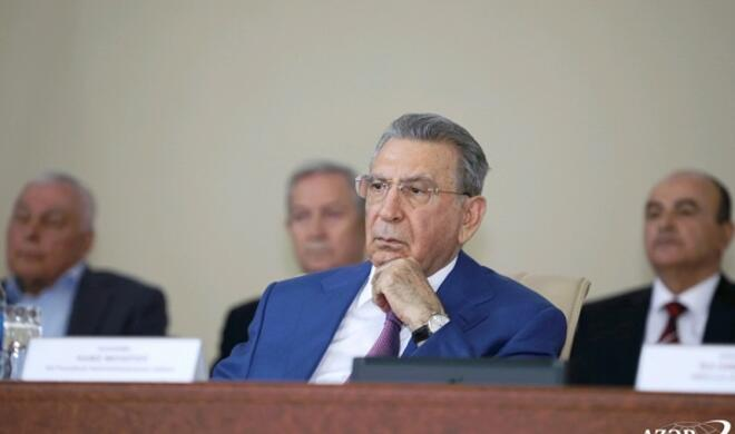 Ramiz Mehdiyev AMEA tarixində bir ilk yaşatdı - Foto