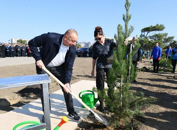 President and first lady attend tree-planting campaign -