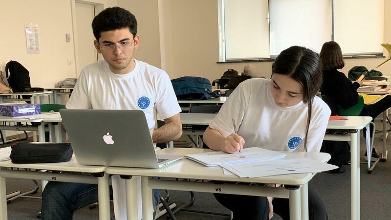 Avropa Azərbaycan Məktəbinin təşkilatçılığı ilə müsabiqə - Foto