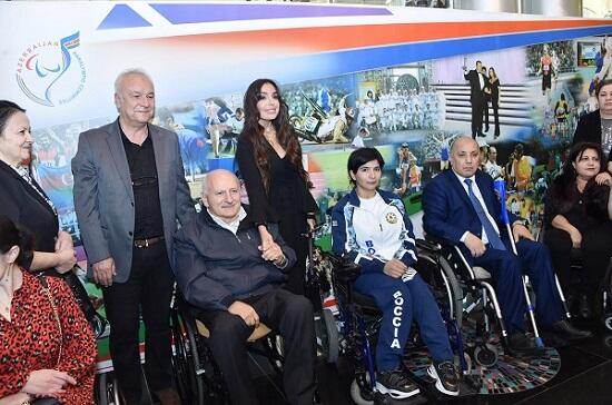 """Leyla Əliyeva """"Yenilməzlər"""" adlı beynəlxalq tədbirdə - Foto"""