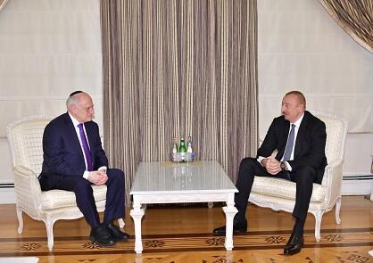 Ильхам Алиев принял Малкольма Хонлайна