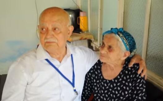 Bakı qəhrəmanının oğlu 74 il sonra Vətəndə - Video
