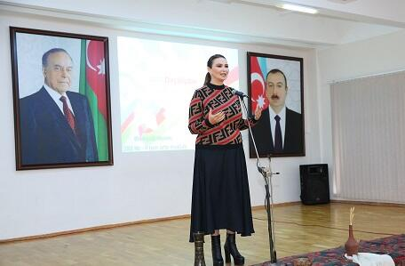 Millət vəkili məktəbdə Dirçəliş Günü tədbirinə qatıldı – Foto